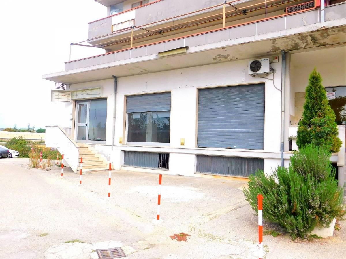 Negozio o Locale in vendita in Via Pietro Nenni zona Dragonara a San Giovanni Teatino - 2654018 foto 12