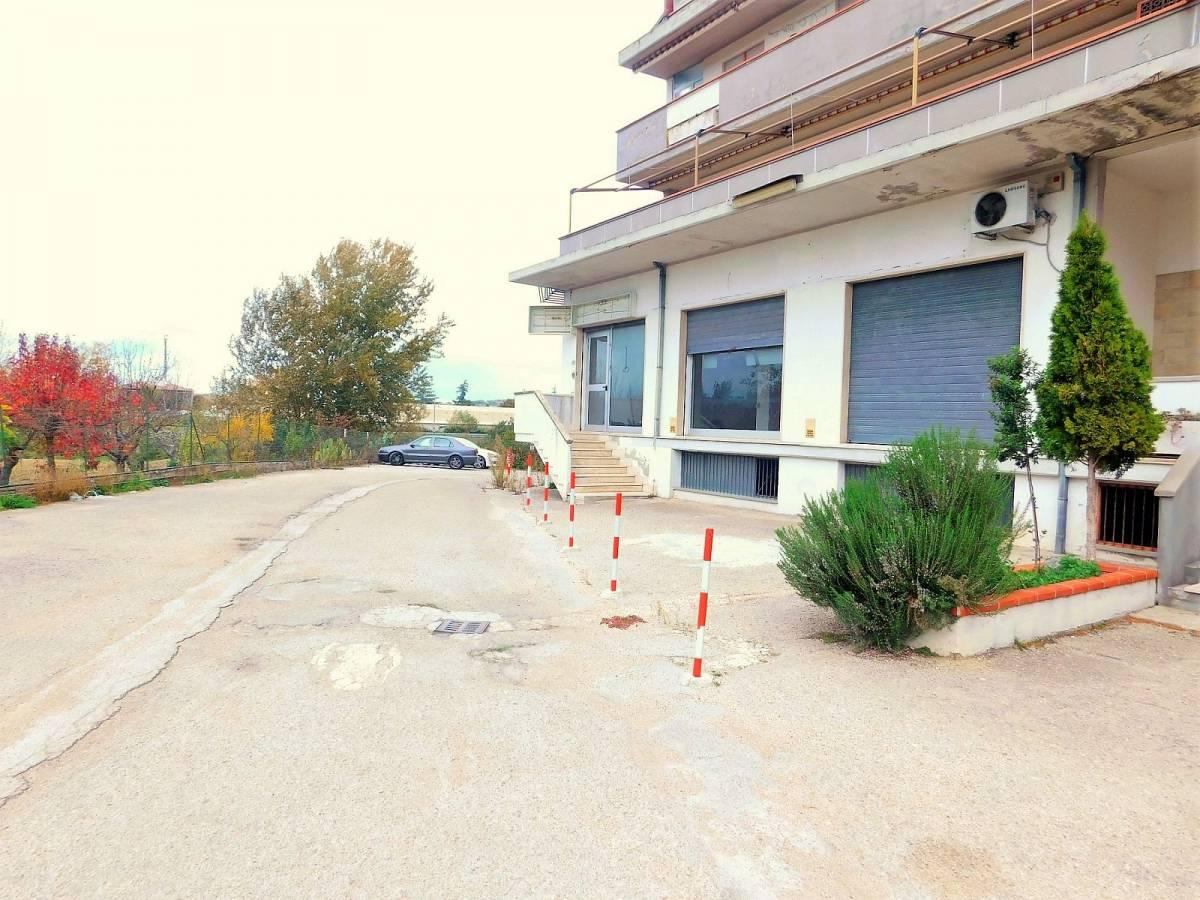 Negozio o Locale in vendita in Via Pietro Nenni zona Dragonara a San Giovanni Teatino - 2654018 foto 13