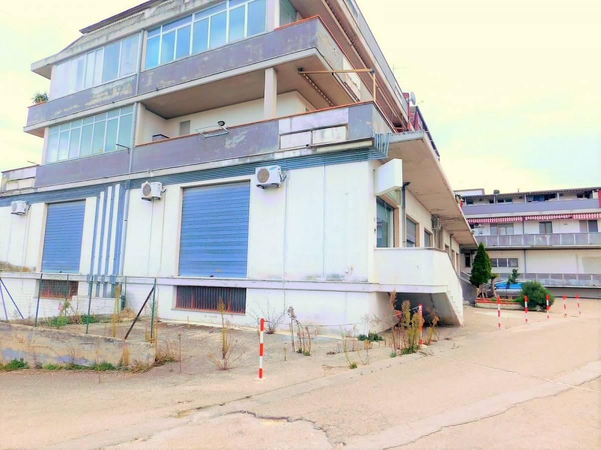 Negozio o Locale in vendita in Via Pietro Nenni zona Dragonara a San Giovanni Teatino - 2654018 foto 15