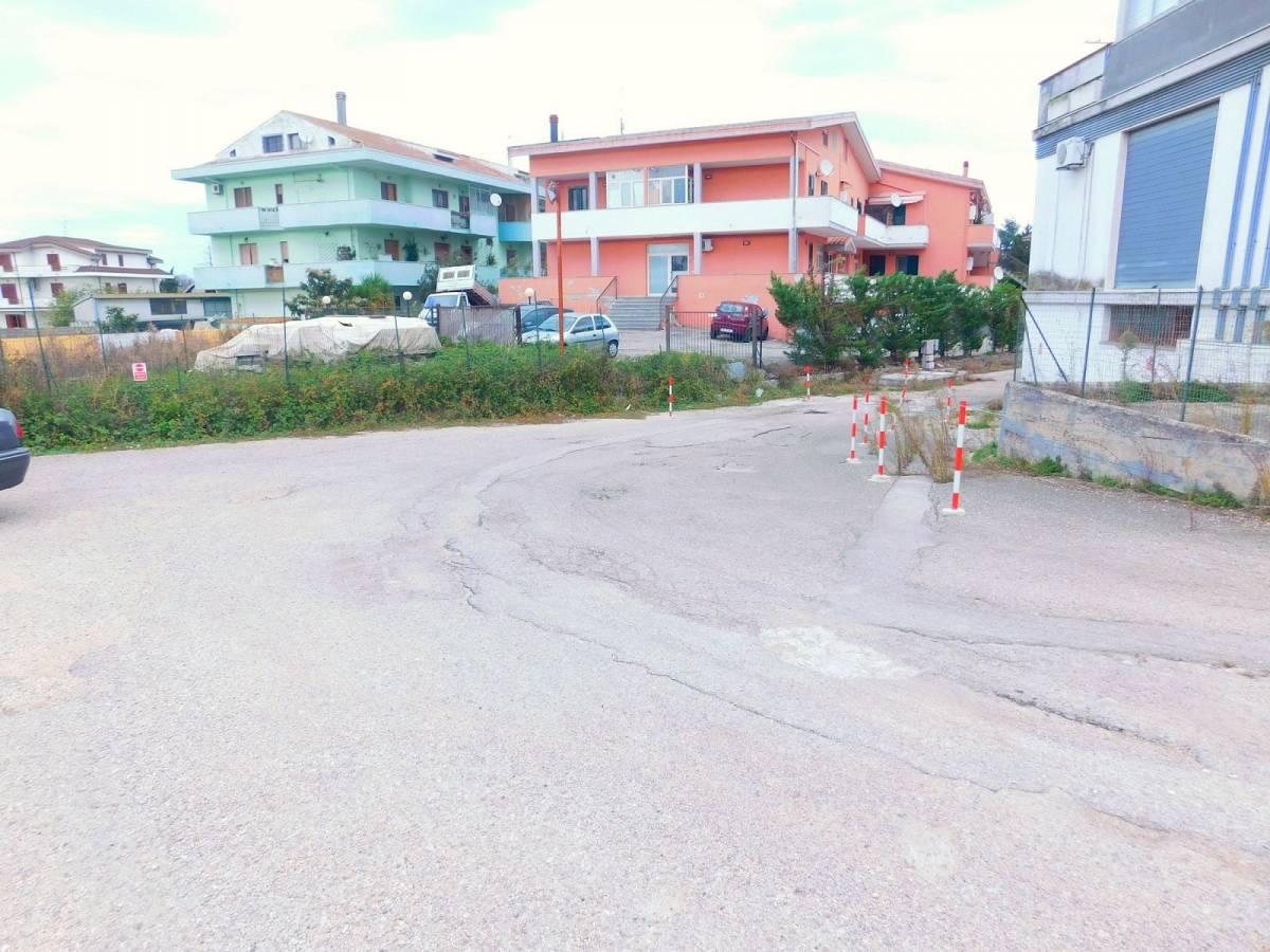 Negozio o Locale in vendita in Via Pietro Nenni zona Dragonara a San Giovanni Teatino - 2654018 foto 17