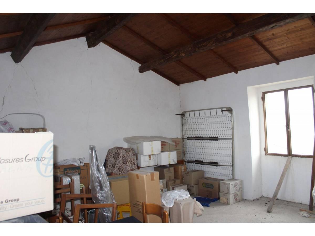 Magazzino o Deposito in vendita in Contrada Montepeloso  a Montenero di Bisaccia - 8699726 foto 1