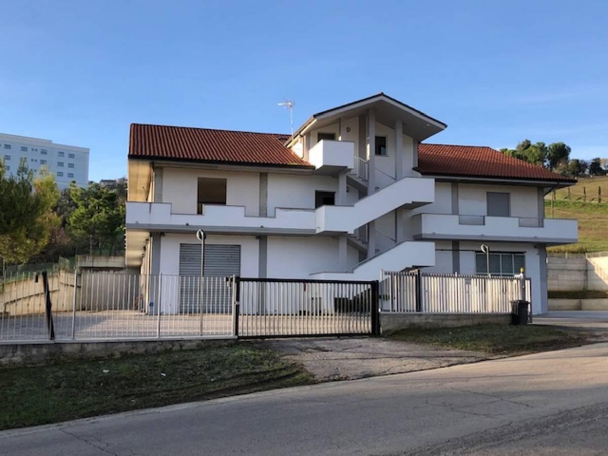 Negozio o Locale in vendita in   a Chieti - 2791375 foto 2
