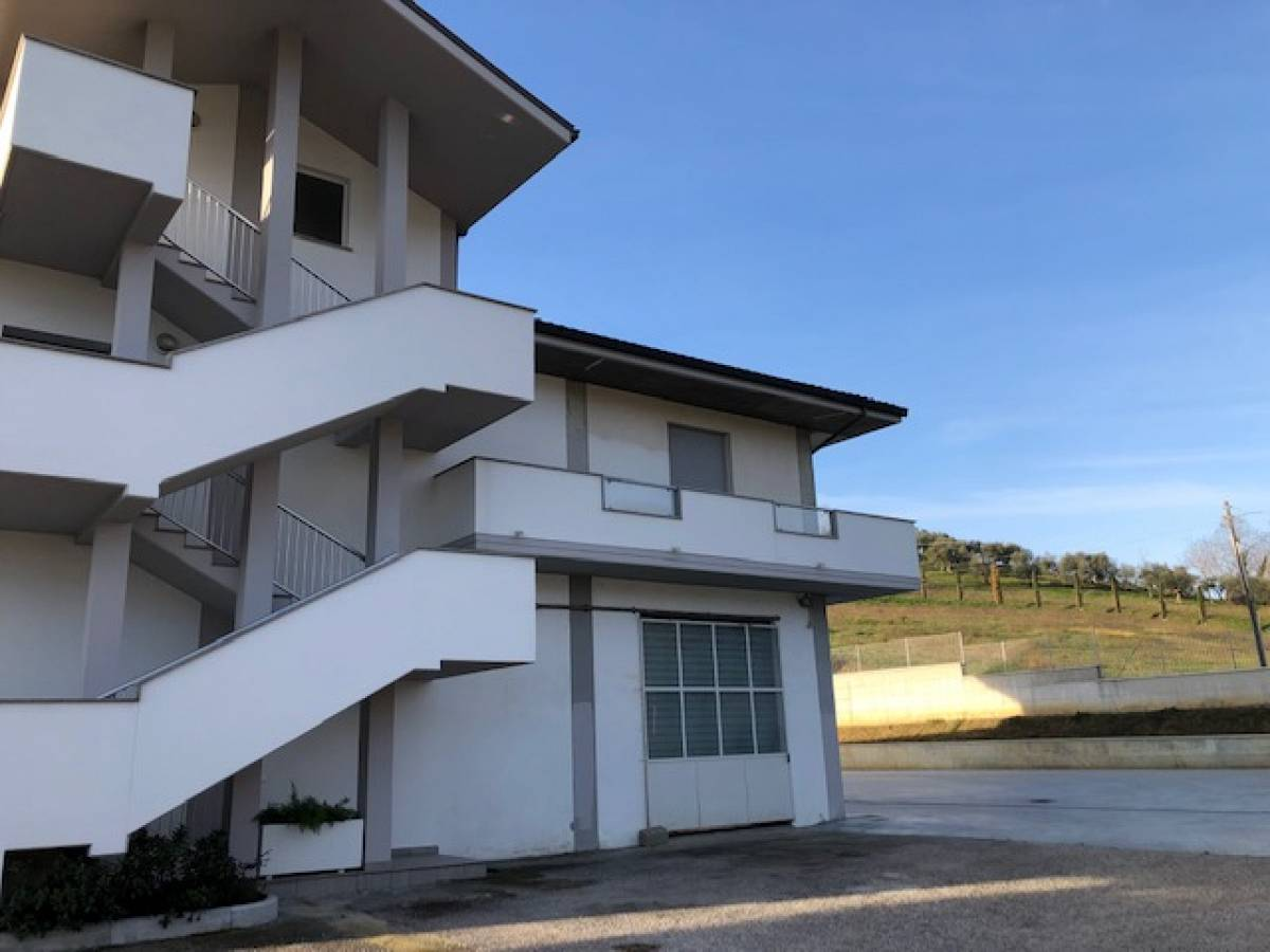 Negozio o Locale in vendita in   a Chieti - 2791375 foto 1