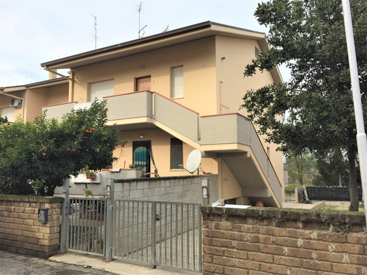Appartamento in affitto in via dante  a Cappelle sul Tavo - 5943084 foto 1