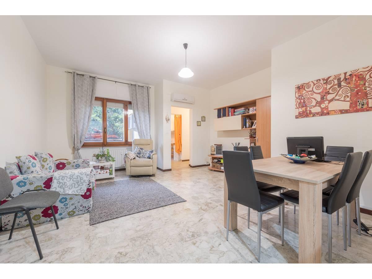 Appartamento in vendita in via federico salomone 3 zona Porta Pescara - V. Olivieri a Chieti - 3256739 foto 2