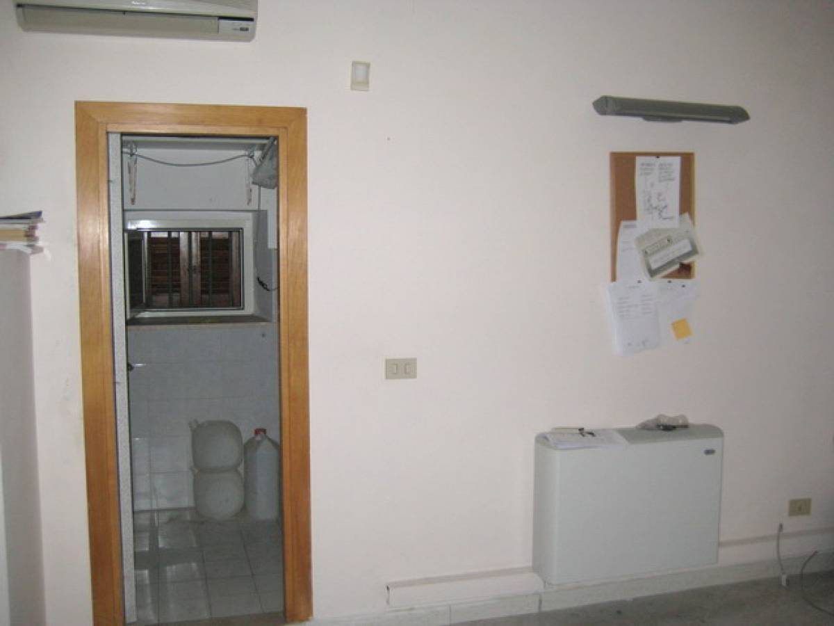 Ufficio in affitto in via principessa di piemonte  a Chieti - 7084218 foto 4