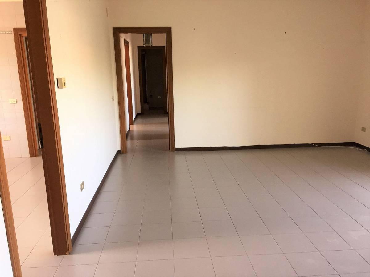 Appartamento in affitto in via verdi zona Centro Levante a Chieti - 958553 foto 2