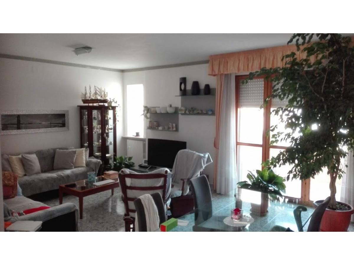 Appartamento in vendita in Via E.Ianni  a Francavilla al Mare - 7107127 foto 2
