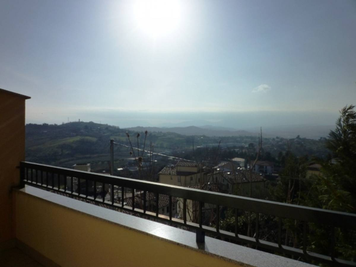 Attico in vendita in  zona Colle a Montesilvano - 5652239 foto 9