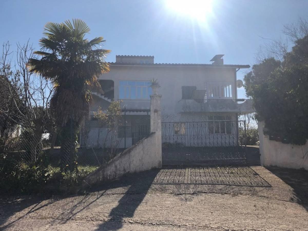 Villa in vendita in via iconicella  a Ripa Teatina - 5896361 foto 2