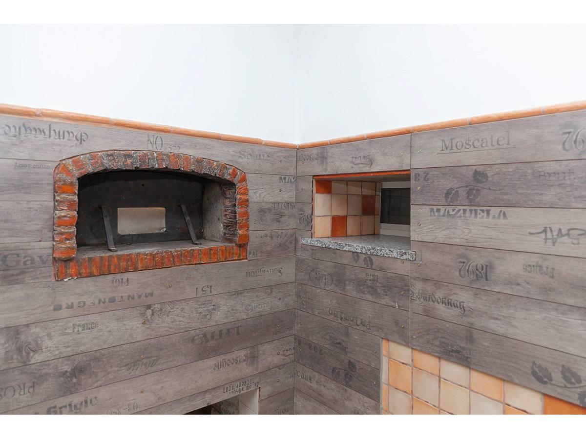 Ufficio in affitto in C.da Sant'Andrea  a Rosciano - 4897034 foto 1