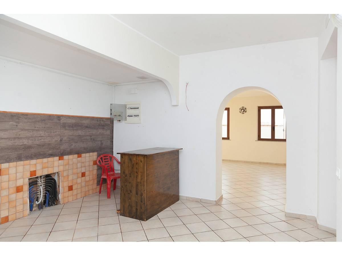 Ufficio in affitto in C.da Sant'Andrea  a Rosciano - 4897034 foto 2