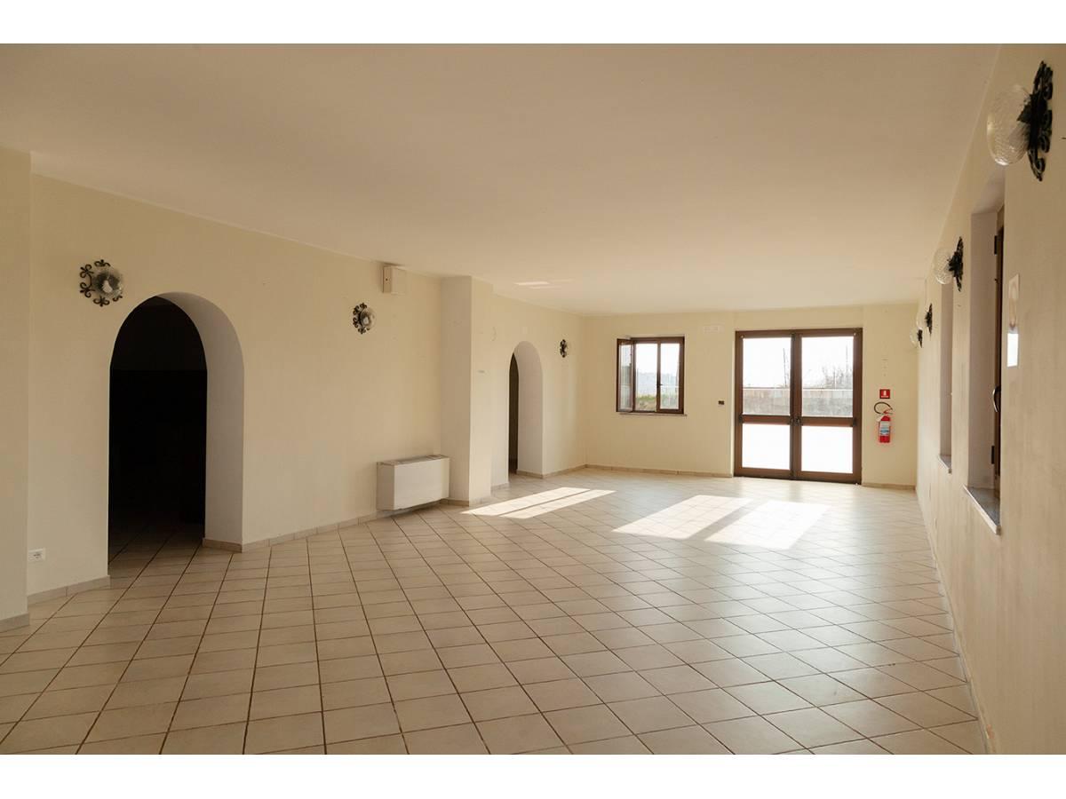 Ufficio in affitto in C.da Sant'Andrea  a Rosciano - 4897034 foto 5