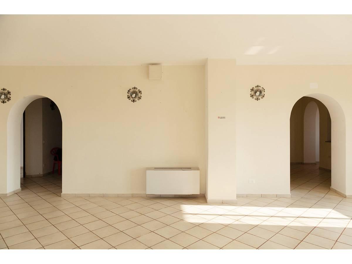 Ufficio in affitto in C.da Sant'Andrea  a Rosciano - 4897034 foto 9