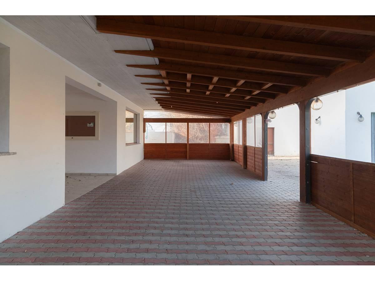 Ufficio in affitto in C.da Sant'Andrea  a Rosciano - 4897034 foto 11