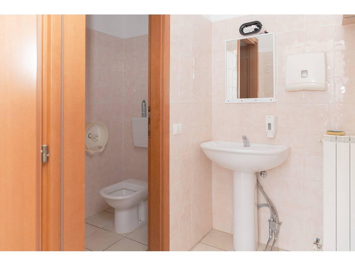 Ufficio in affitto in C.da Sant'Andrea  a Rosciano - 4897034 foto 22