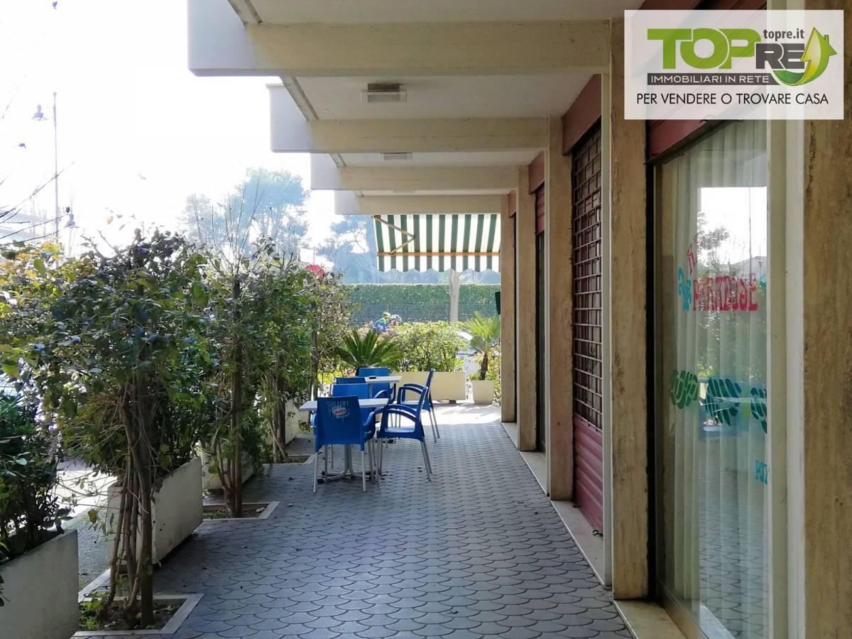 Negozio o Locale in vendita in via D. Alighieri 2 zona Marina a Silvi - 2987902 foto 5