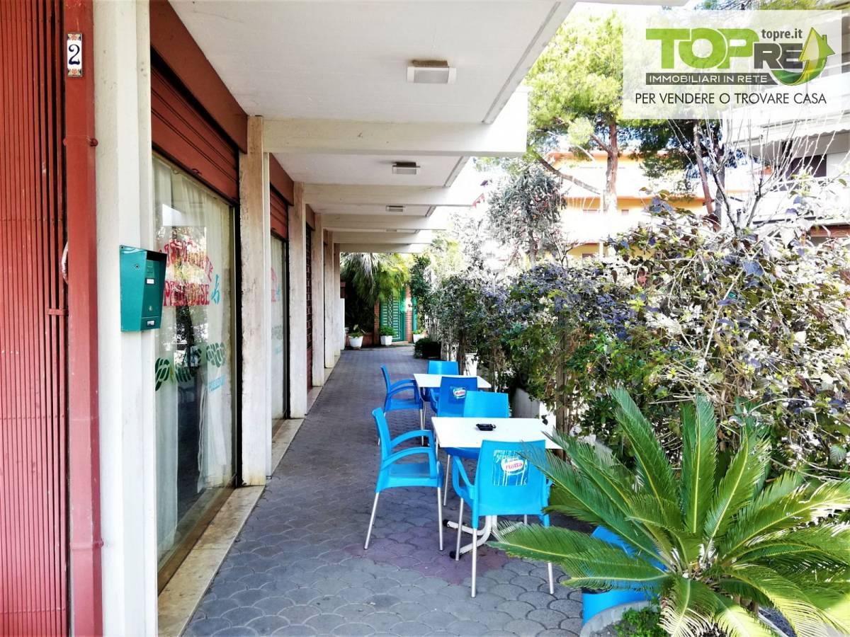 Negozio o Locale in vendita in via D. Alighieri 2 zona Marina a Silvi - 2987902 foto 11