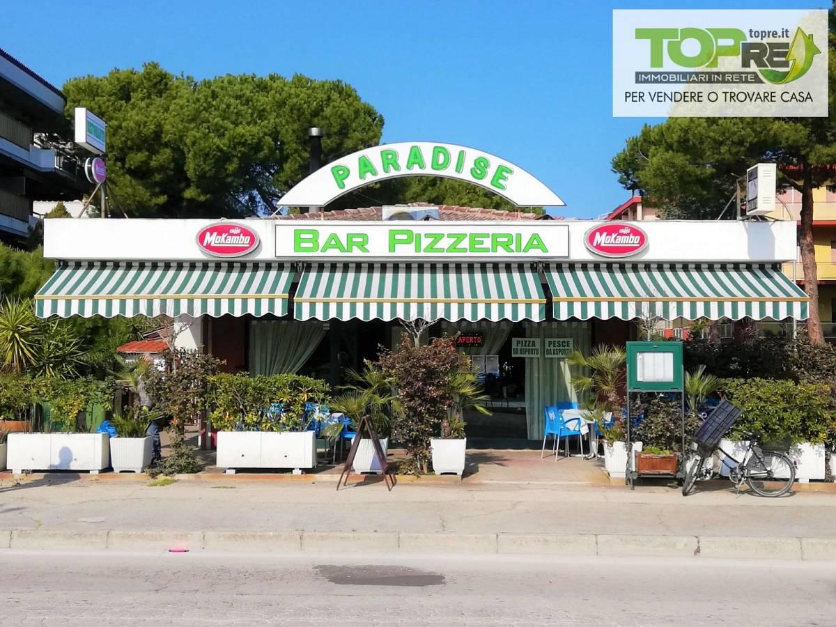 Negozio o Locale in vendita in via D. Alighieri 2 zona Marina a Silvi - 2987902 foto 2