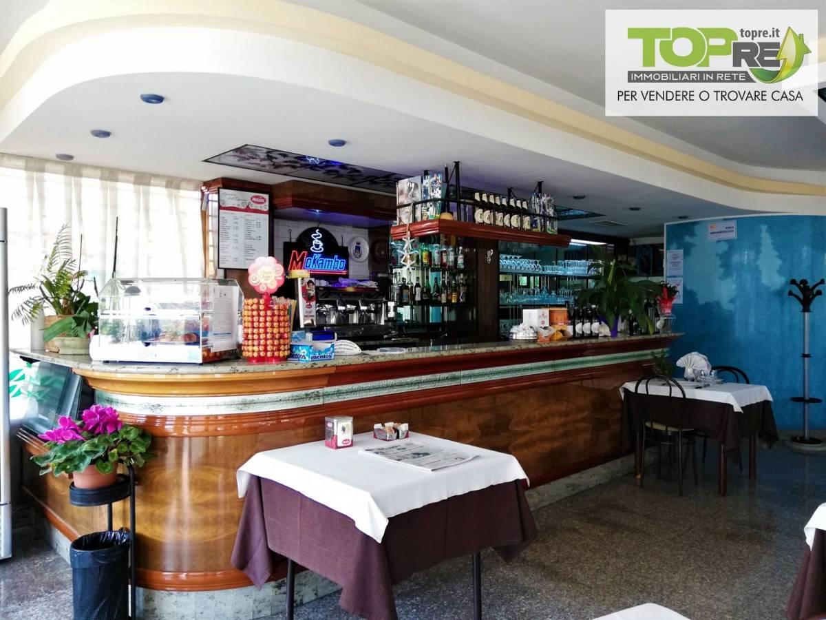 Negozio o Locale in vendita in via D. Alighieri 2 zona Marina a Silvi - 2987902 foto 14