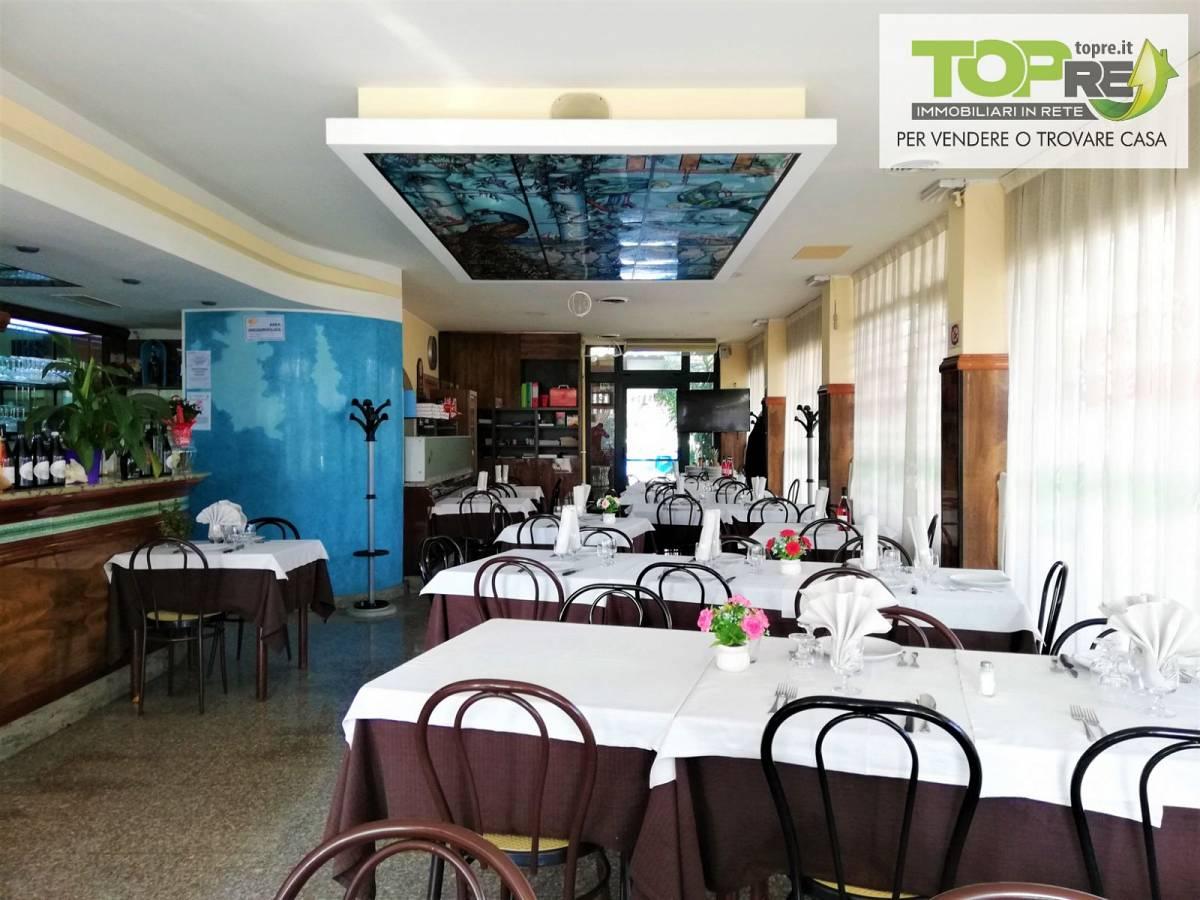 Negozio o Locale in vendita in via D. Alighieri 2 zona Marina a Silvi - 2987902 foto 15