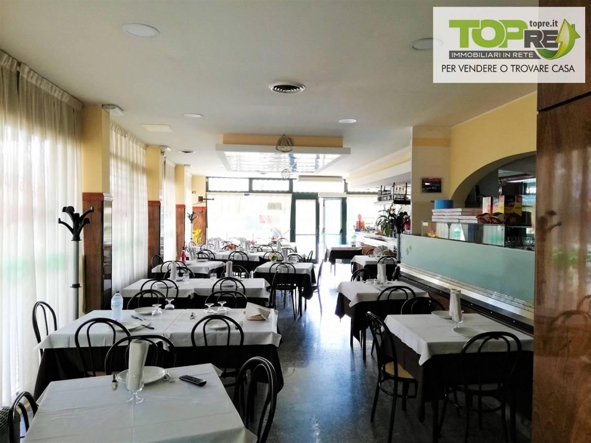Negozio o Locale in vendita in via D. Alighieri 2 zona Marina a Silvi - 2987902 foto 19
