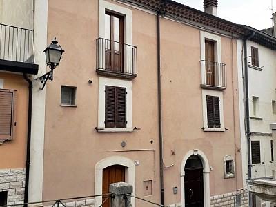 Appartamento in vendita a Palena