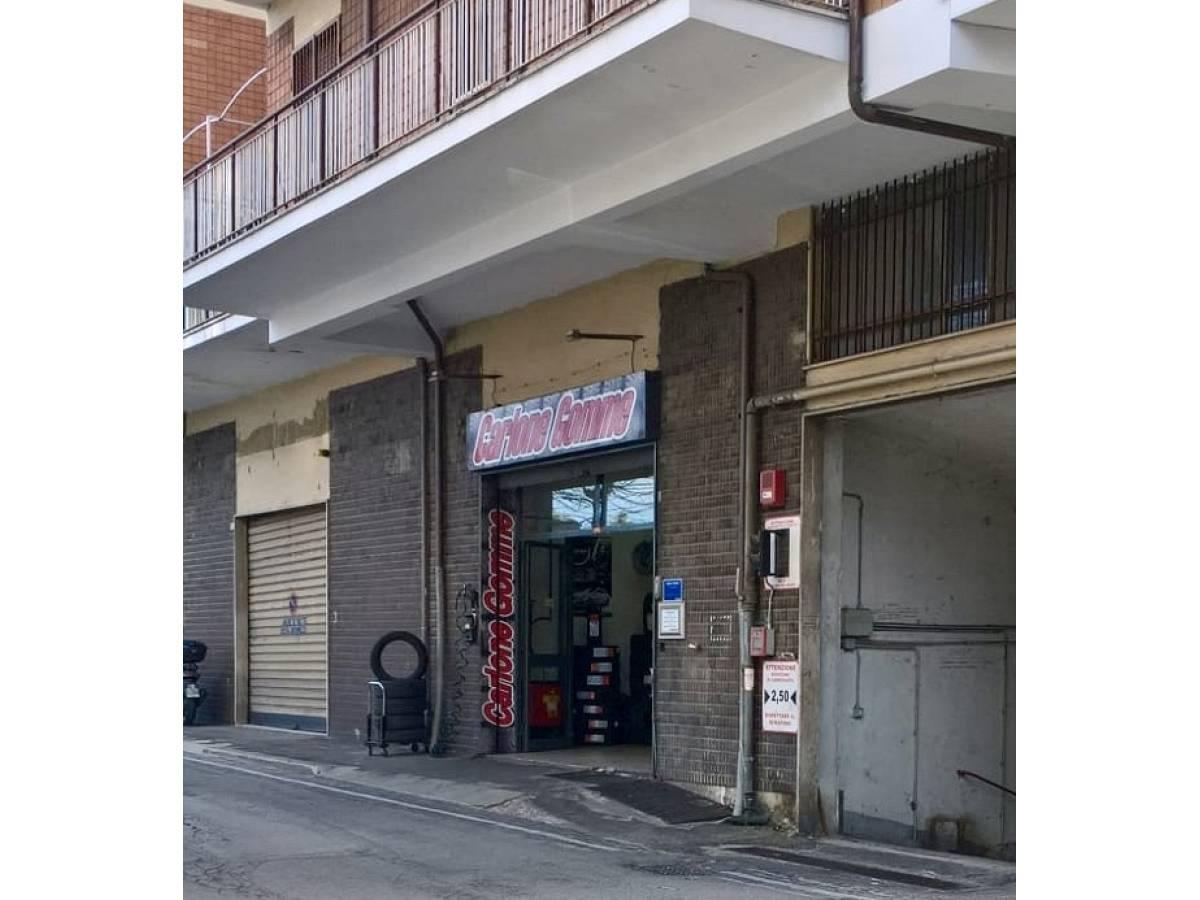 Laboratorio in vendita in Viale Europa, 81 zona Villa - Borgo Marfisi a Chieti - 1895220 foto 2
