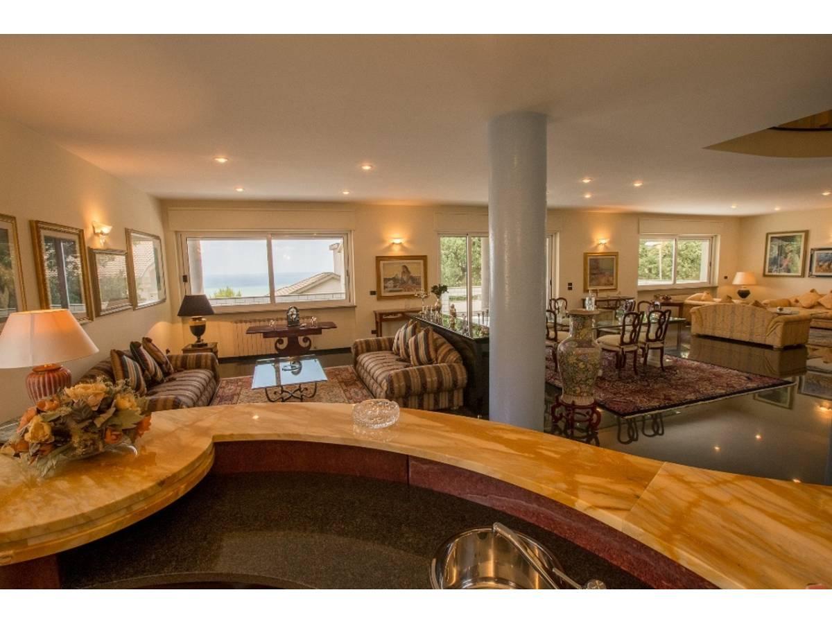 Villa in vendita in  zona Colli a Pescara - 9650715 foto 1