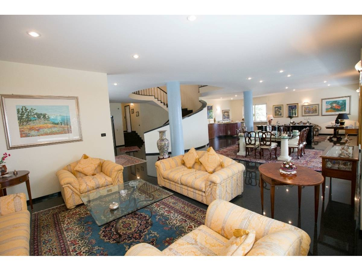 Villa in vendita in  zona Colli a Pescara - 9650715 foto 3