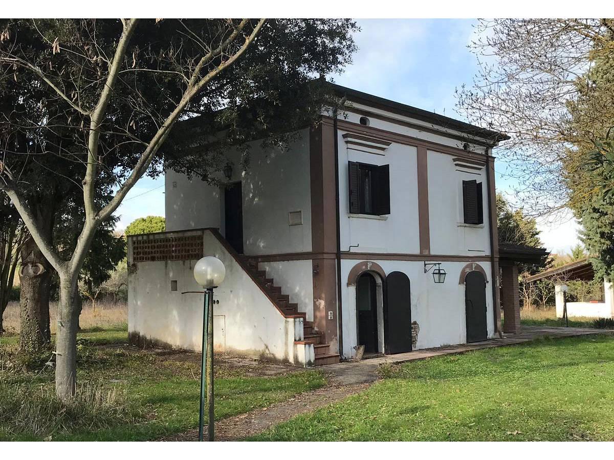 Casale o Rustico in vendita in Contrada Vigne Strutte  a Torino di Sangro - 6275956 foto 1
