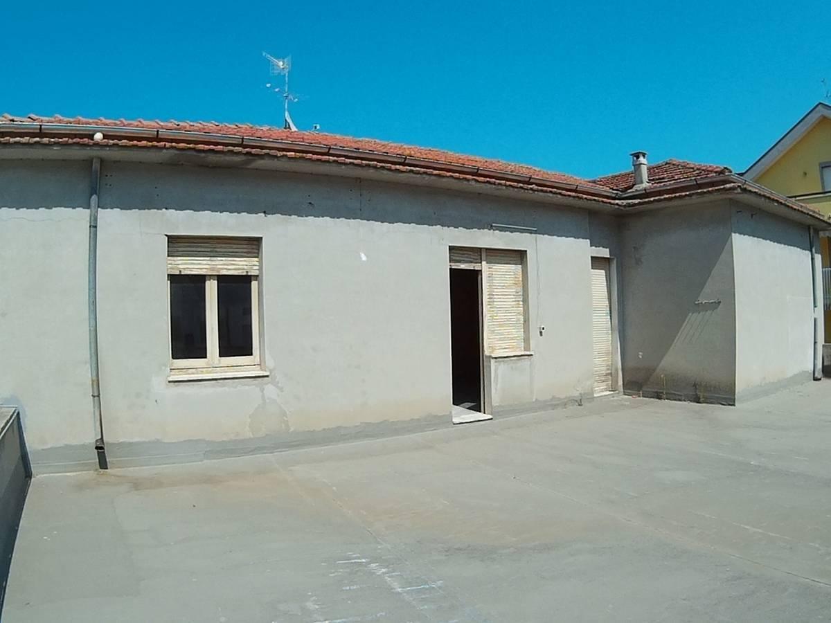 Casa indipendente in vendita in via adriatica sud  a Francavilla al Mare - 5524149 foto 2