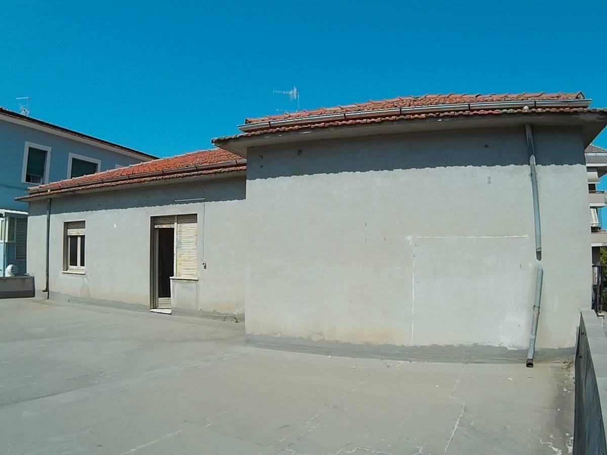 Casa indipendente in vendita in via adriatica sud  a Francavilla al Mare - 5524149 foto 3
