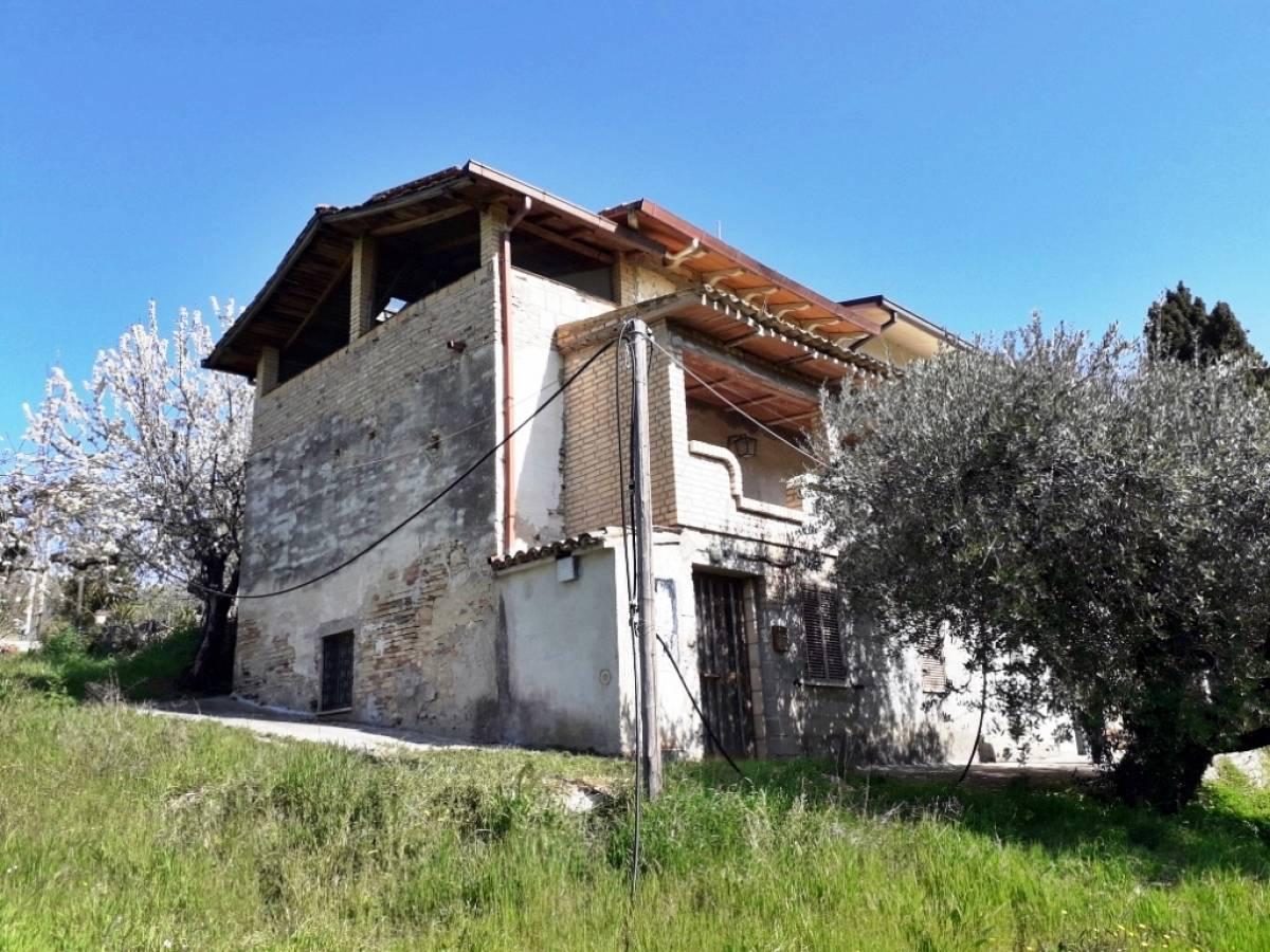 Porzione di casa in vendita in contrada san vincenzo  a Vacri - 3079686 foto 1