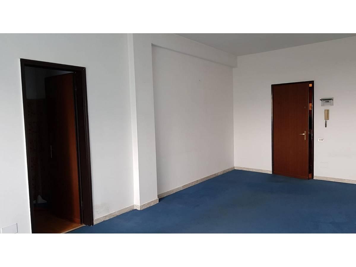 Ufficio in affitto in V.le Benedetto Croce zona Scalo Stazione-Centro a Chieti - 6321835 foto 4