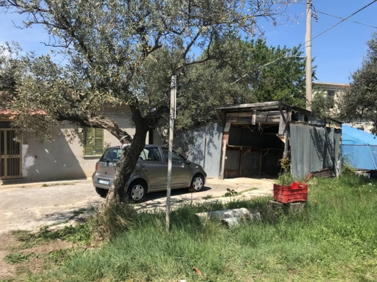Casa indipendente in vendita in Via Dei Frentani zona Tricalle a Chieti - 5917226 foto 2