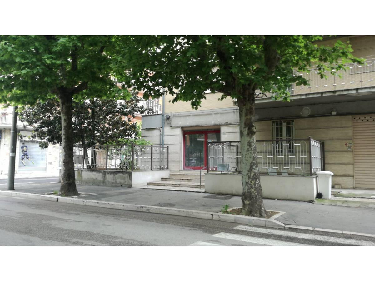 Negozio o Locale in affitto in Via Pescara zona Scalo Mad. Piane - Universita a Chieti - 4410707 foto 1