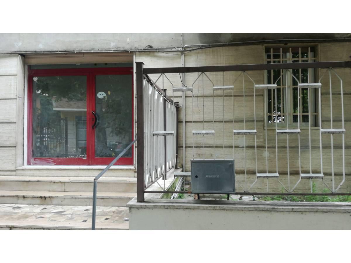 Negozio o Locale in affitto in Via Pescara zona Scalo Mad. Piane - Universita a Chieti - 4410707 foto 3