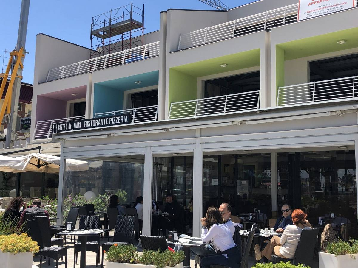 Bar in vendita in Via Del Mare, 258  a San Benedetto del Tronto - 7798658 foto 4
