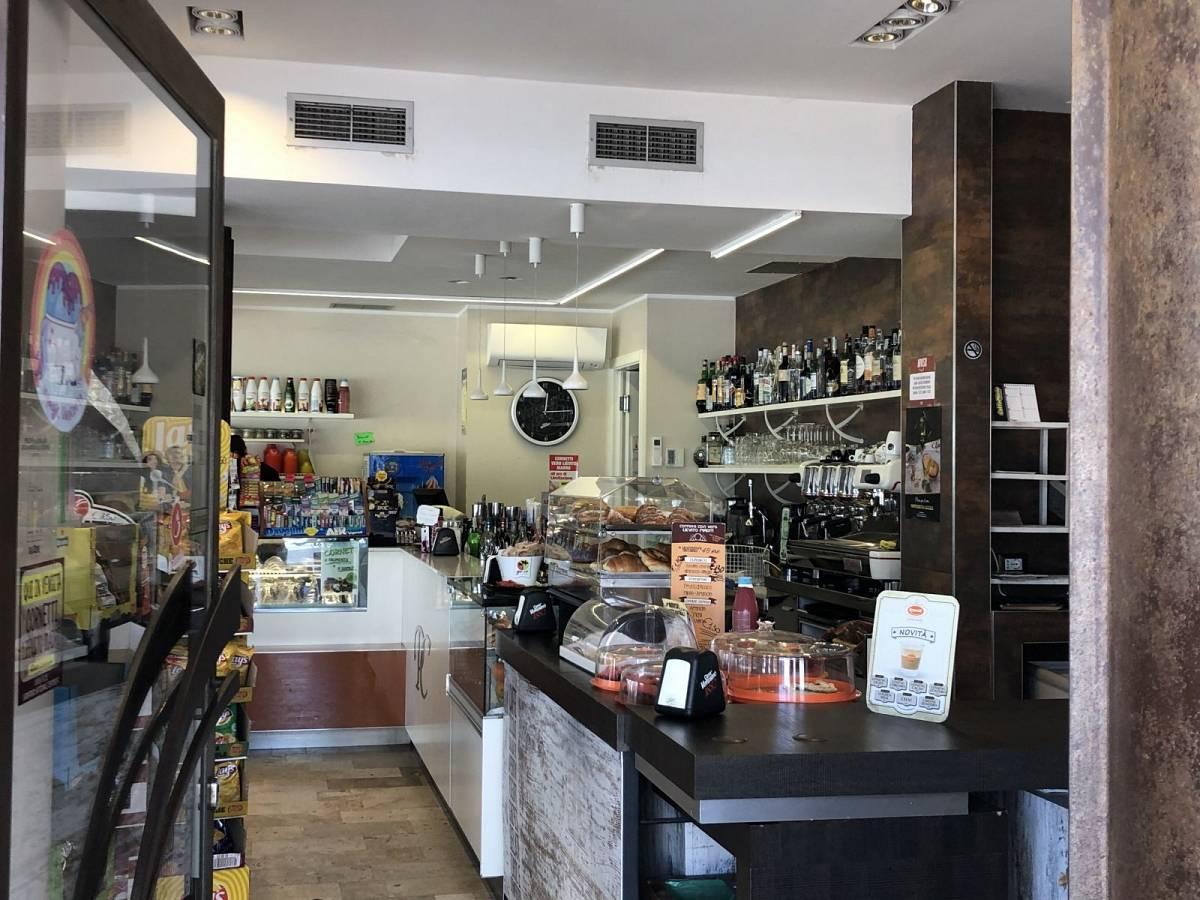 Bar in vendita in Via Del Mare, 258  a San Benedetto del Tronto - 7798658 foto 9