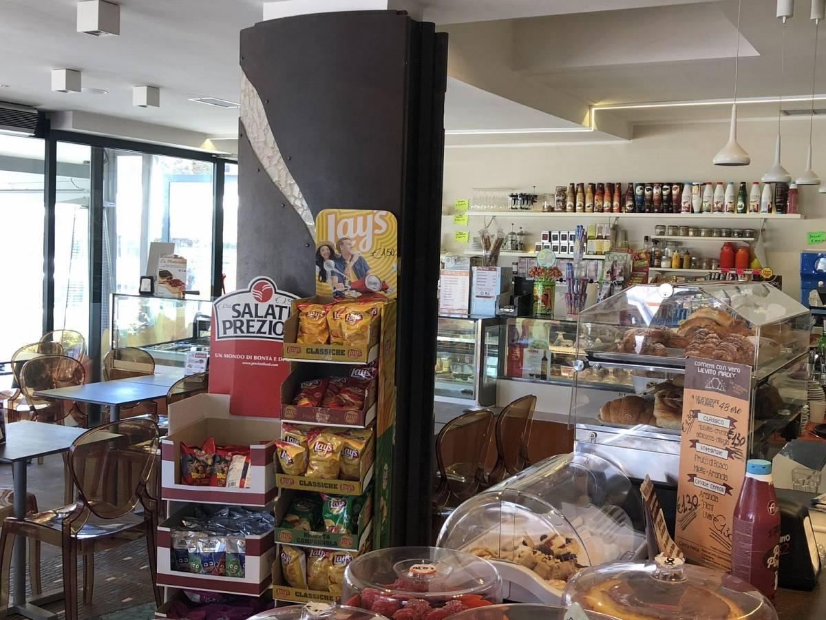 Bar in vendita in Via Del Mare, 258  a San Benedetto del Tronto - 7798658 foto 13