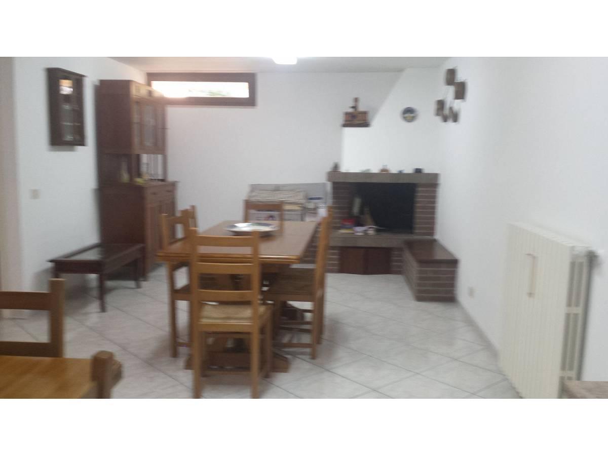 Villa a schiera in vendita in VIA STAFFIERI  a Cappelle sul Tavo - 3513801 foto 2