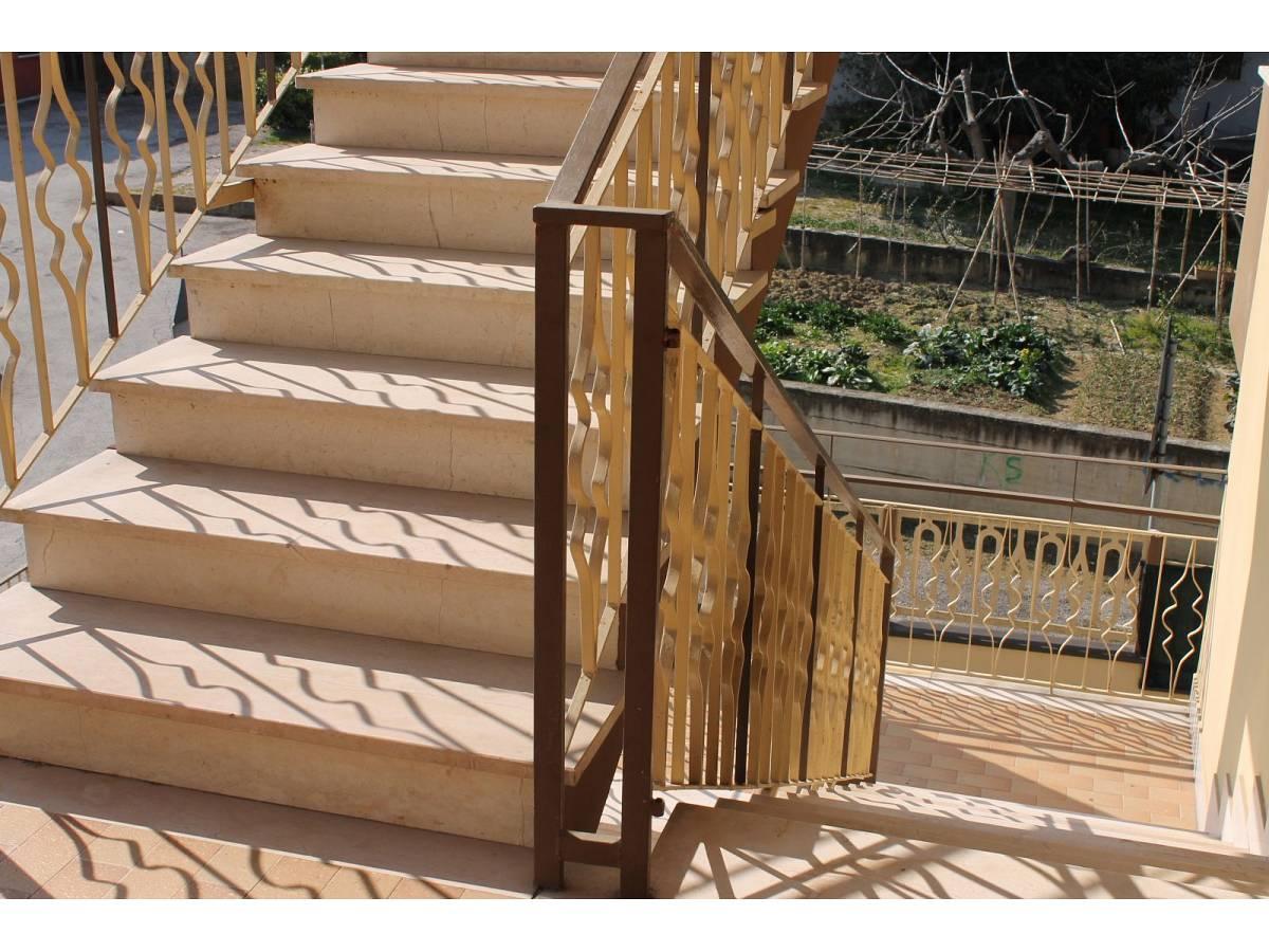 Appartamento in vendita in VIA CARDUCCI  a Cappelle sul Tavo - 599670 foto 4