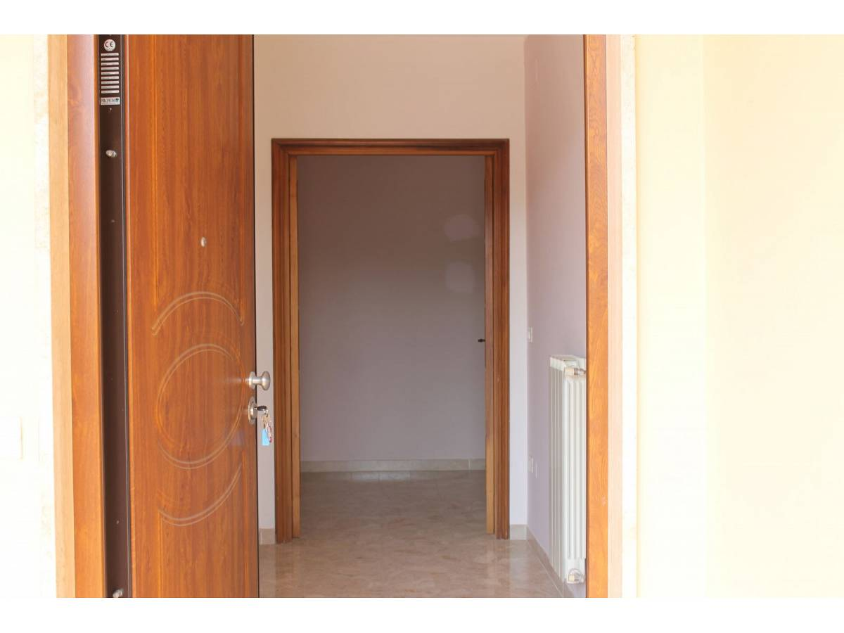 Appartamento in vendita in VIA CARDUCCI  a Cappelle sul Tavo - 599670 foto 5