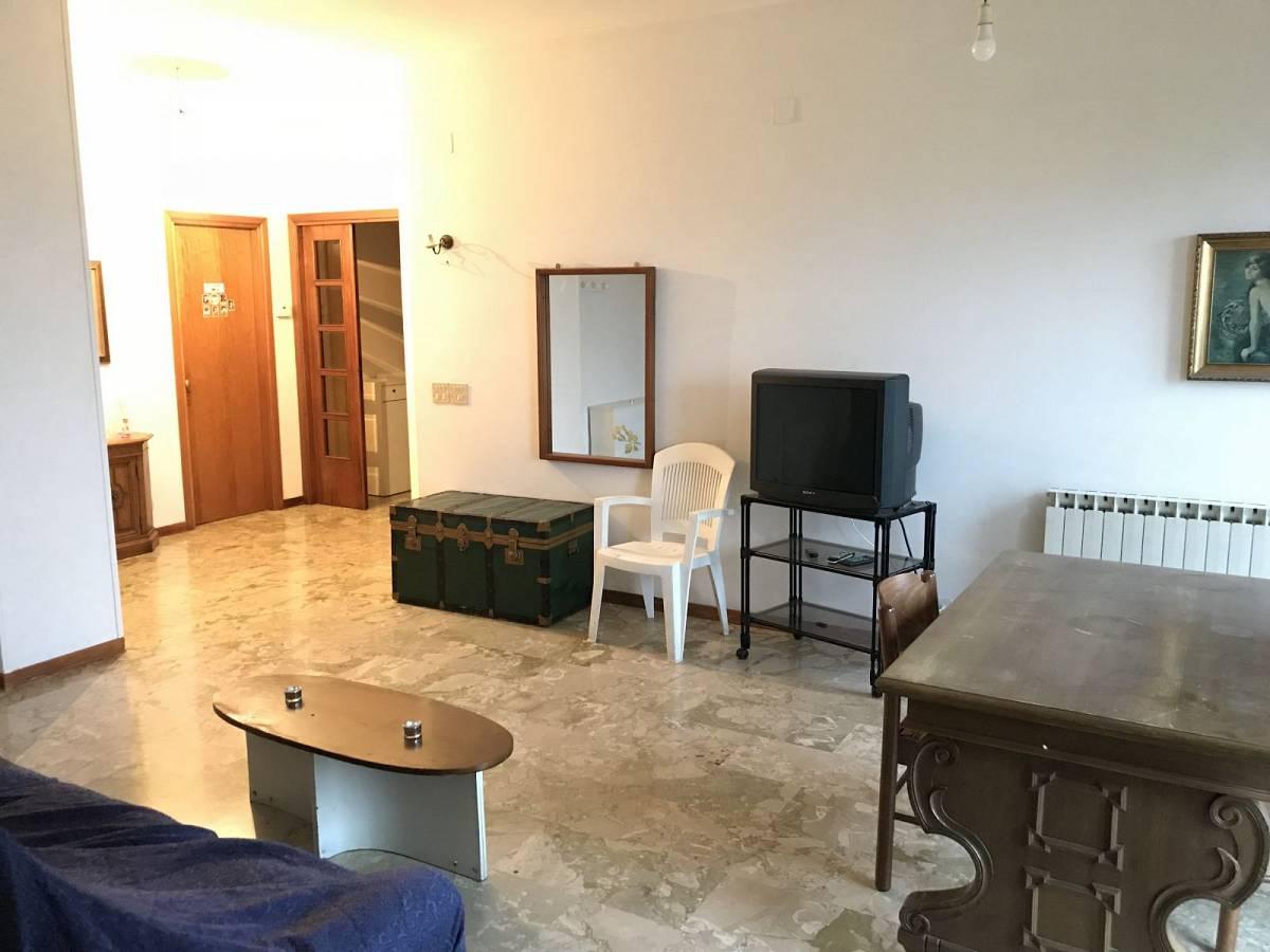 Appartamento in affitto in Via E. Bruno zona Clinica Spatocco - Ex Pediatrico a Chieti - 2816766 foto 2