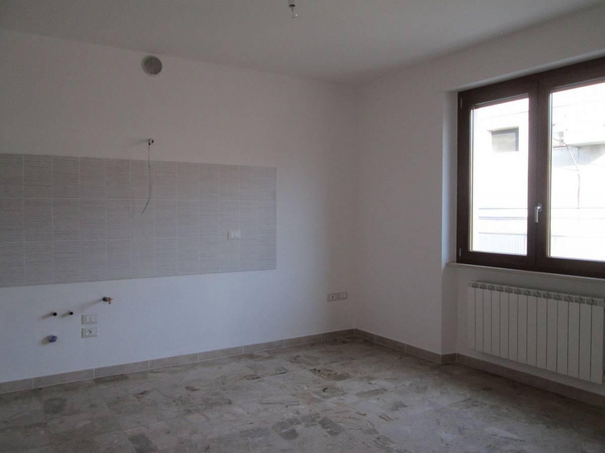 Appartamento in vendita in VIA CARDUCCI  a Cappelle sul Tavo - 599670 foto 9