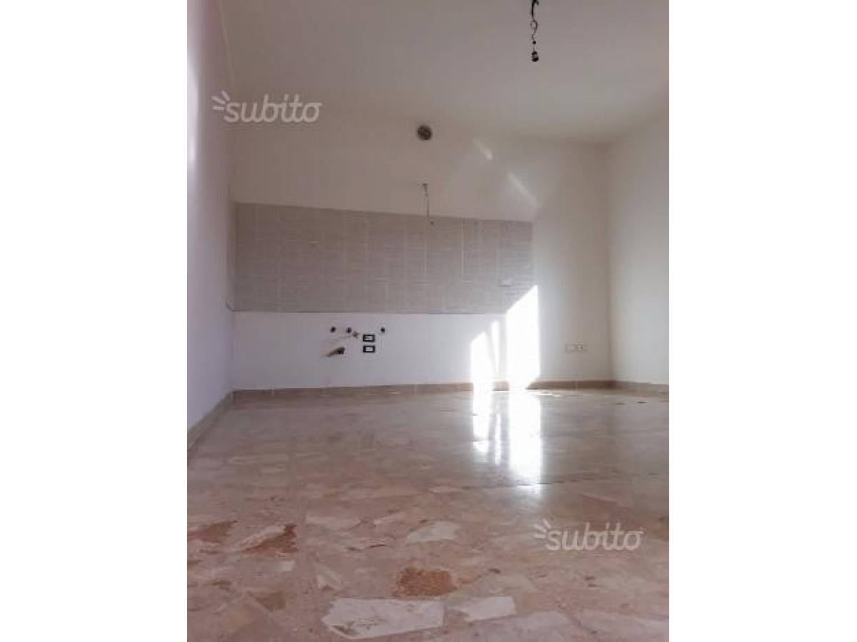 Appartamento in vendita in VIA CARDUCCI  a Cappelle sul Tavo - 599670 foto 12