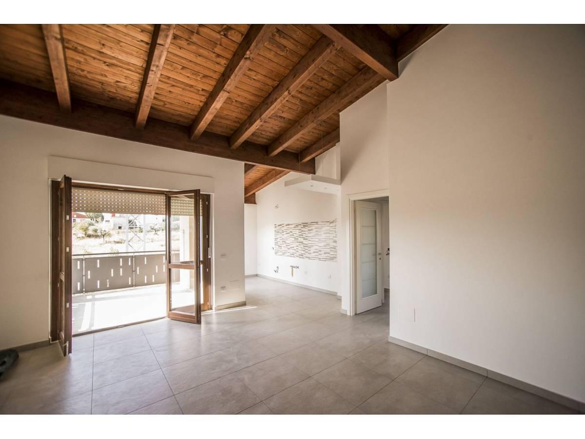 Appartamento in vendita in Via Ettore Ianni  zona Centro Levante a Chieti - 2079264 foto 3