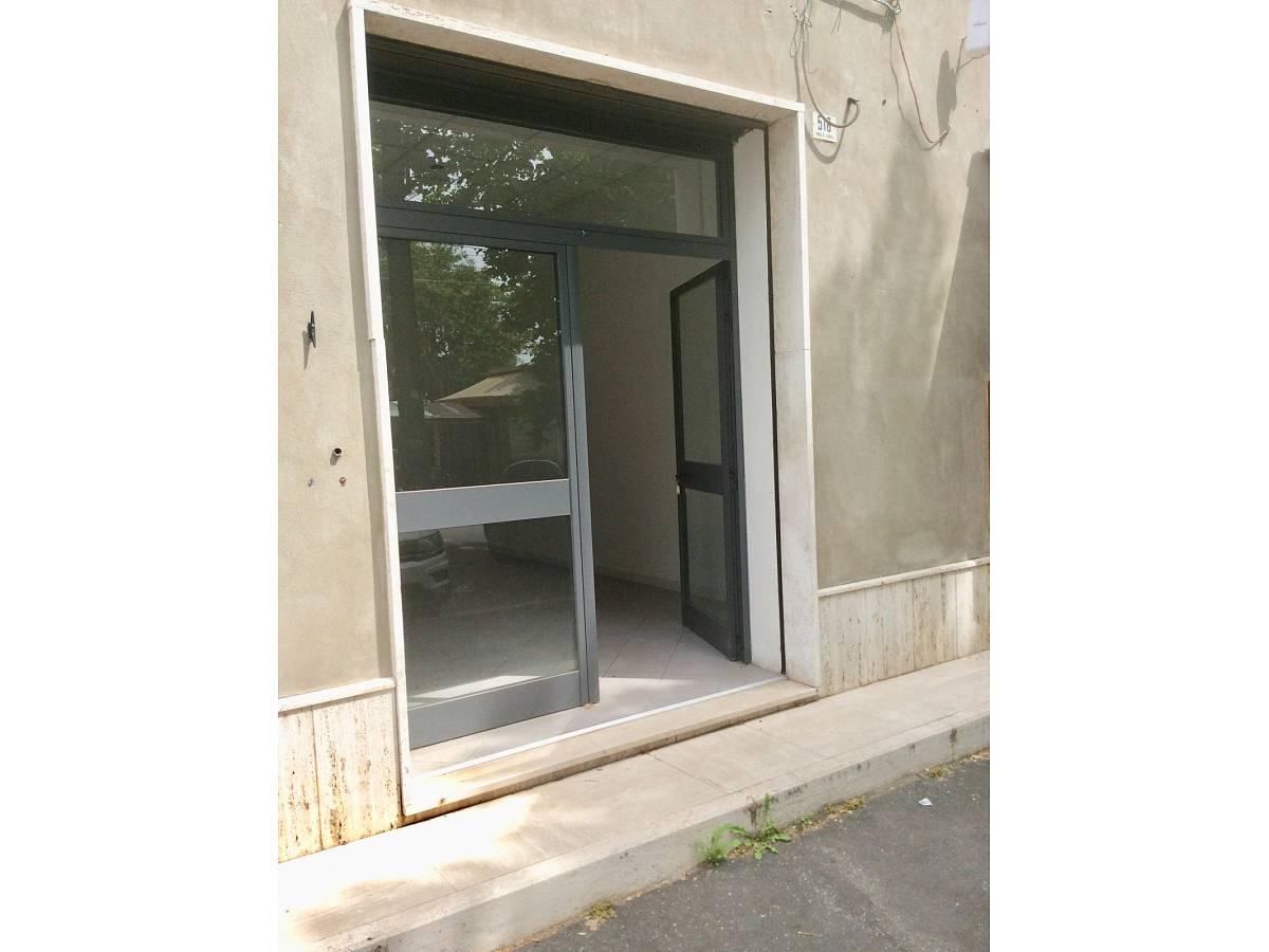 Negozio o Locale in vendita in VIALE BENEDETTO CROCE zona Scalo Mad. Piane - Universita a Chieti - 3933472 foto 3