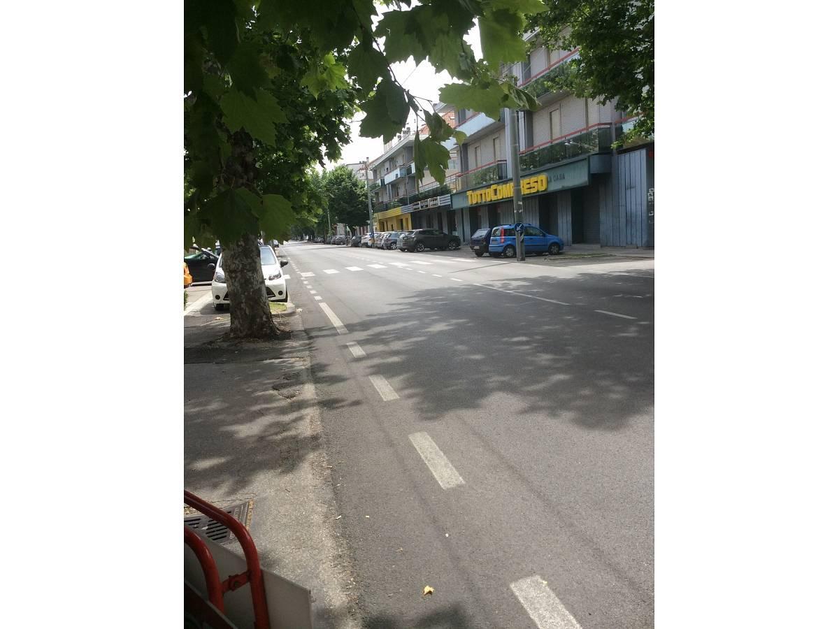 Negozio o Locale in vendita in VIALE BENEDETTO CROCE zona Scalo Mad. Piane - Universita a Chieti - 3933472 foto 9
